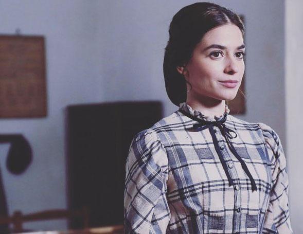 Alejandra Meco es Teresa Sierra en Acacias 38 – TVE